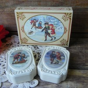 Vintage Retro Avon Winter Frolics Soaps Set
